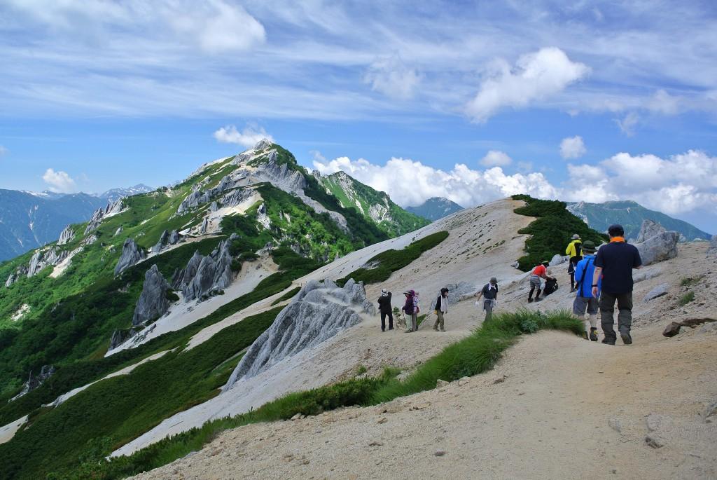 燕山荘からツバクロ(燕)岳への道のり