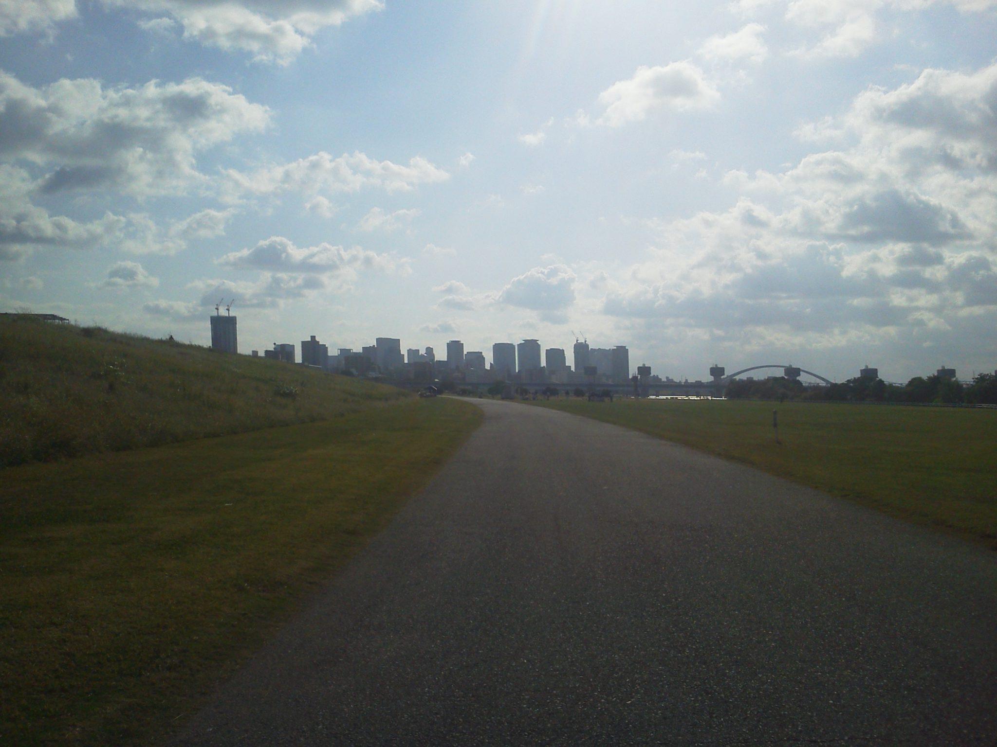 2012-10-07_14.40.31_NEC-102_Yodogawa_cycling