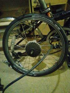 【スタートは「タイヤを細くしてみた」】細いミゾ(割れ目)にハマるから注意が必要!!