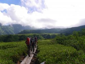 【この景色の先にあるものは・・・】これが数年前に行ったときの弥陀ヶ原です、この先に立山三山が現れます。