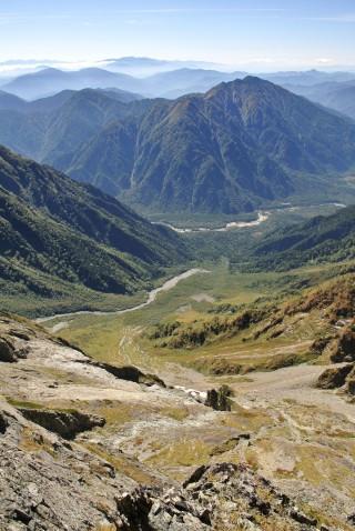 天狗のコルから岳沢小屋へとエスケープするときに下る、天狗沢と岳沢~上高地