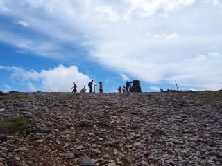 【硫黄岳山頂】アルプスの空はもう秋空だった(8月14日)