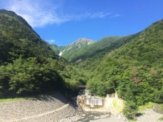 【昼までは快晴】広河原からの北岳