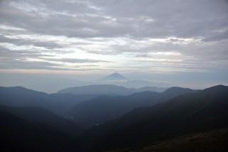 【間ノ岳】部屋から見える絶景