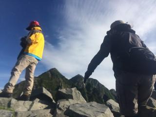 【独標】山頂よりピラミッドピーク、西穂高