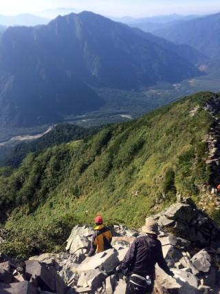 【天上の世界】上高地と梓川が見える。