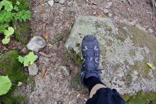 【つま先チェック】足を地面につけて前に「つっぱった(前に向けて押した)」時につま先が靴に当たったら『失格』