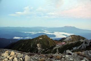 【静かな景色】木曽駒より御岳、9月21日の撮影。