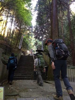 【狸谷神社】250段の階段がキツイ。