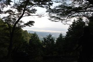 【中盤の中盤】京都市街地が見える。
