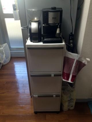 【多段分別 EL-353】デロンギのコーヒーミルとエスプレッソマシンもピッタリ置ける。