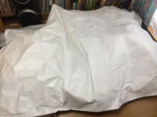 【軽量・防水・透湿】ソフトタイペック、僕のいつも寝ているセミダブルのソファーベッドをすっぽり覆う1.5x2mで100g程度