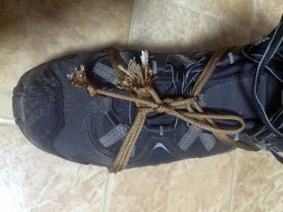 【紐使い】登山靴への簡易な滑り止め「テントロープスノーチェーン」