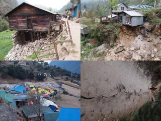 【村の被害も大きい】高層建築が無いのでセンセーショナルな絵は少ないが、道路が崩壊すると広範囲の山村が孤立する事になる。
