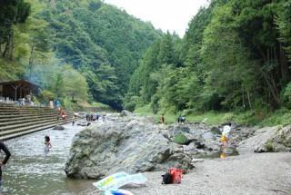 【羽生川沿い】せせらぎのキャンプ場