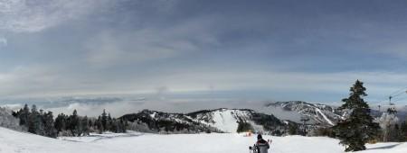 【寺子屋から日本海】左に見えているのは妙高山ですね。