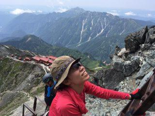 【見返り笠ヶ岳】前回に写真を紹介したキレット方向もですが、すばらしい景色が広がっています。
