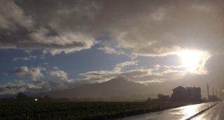 【ドライブ】頑張って余市からニセコ、羊蹄山と廻ったけどやっぱり天気悪かった……これなら早く休暇村に着いたらヨカッタ(余市は良かったけども)。