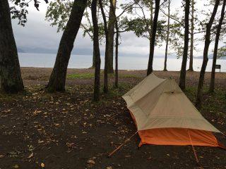 【支笏湖を望む】美笛キャンプ場、歩けばすぐに湖の最高のロケーション。