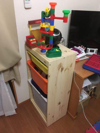 雑記「おもちゃ箱を充実してみる」【箱:IKEA「TROFAST SMILAオリジナルコンビネーション」】【中身:カプラ・くみくみスロープ等】