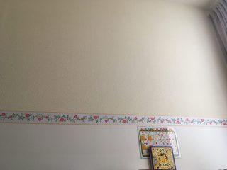 【週末大工】部屋の壁紙をちょっとだけ変える「トリムボーダ」を貼ってみた。